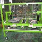 プラスチック製品部分カット機